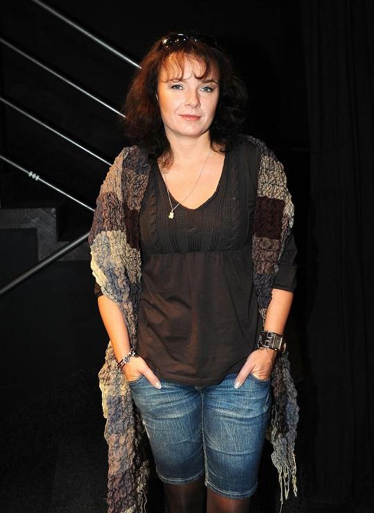 Bára Munzarová měla hrát v seriálu Obchoďák.