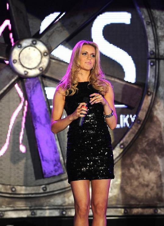 Gabriela Gunčíková v minišatičkách ukázala své štíhlé nožk.