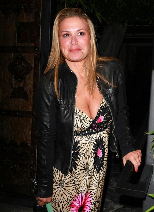 Anastacia vypadá bez make-upu zase zcela jinak.