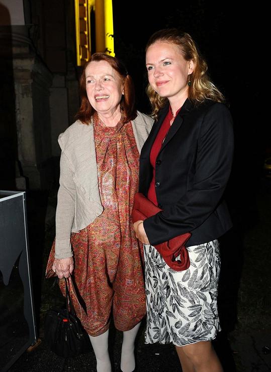 Iva Janžurová s dcerou Theodorou.