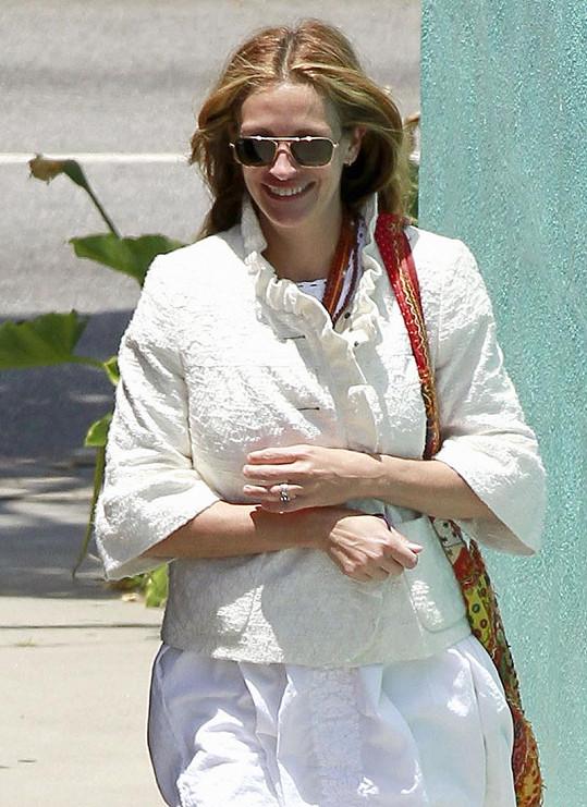 Co to Julia Roberts tak pečlivě skrývá?