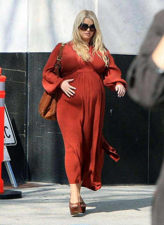 Jessica Simpson v době těhotenství.
