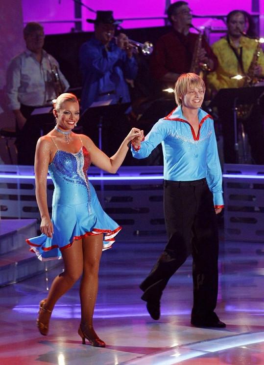 Moderátorka Televizních novin umí skvěle tančit.