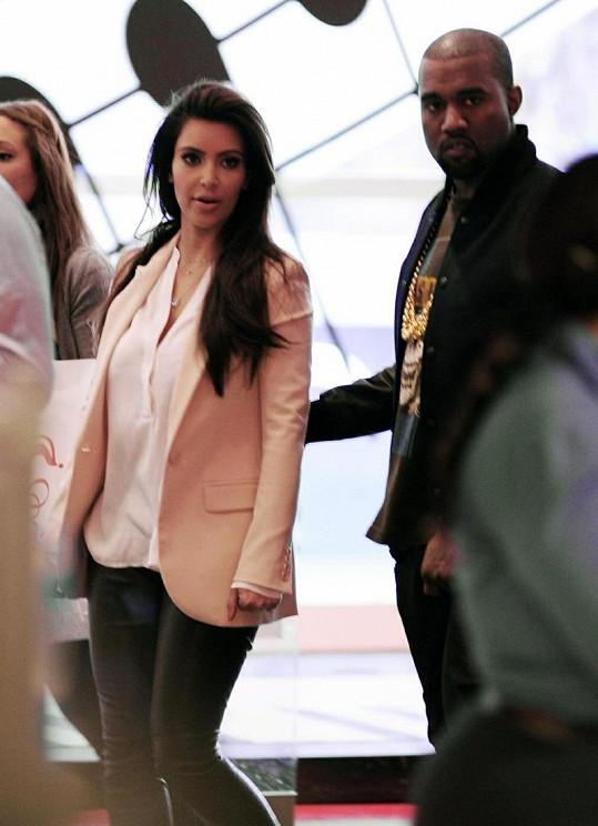 Kim Kardashian a Kanye West spolu tráví každou volnou chvíli.