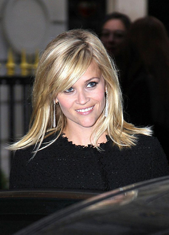 Reese jinak patří mezi nejkrásnější hollywoodské herečky.