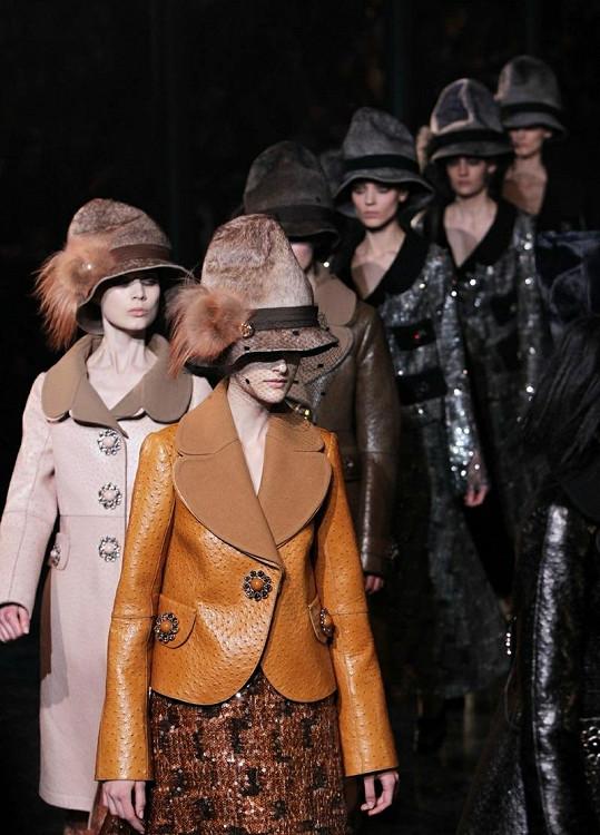 Módní přehlídka Louis Vuitton byla velmi úspěšná.