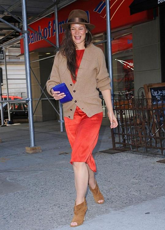 Katie Holmes s výběrem oblečení šlápla vedle.