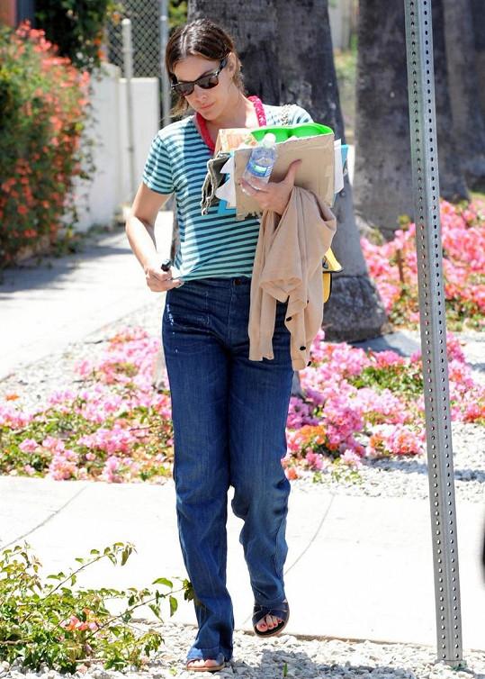 Herečka Liv Tyler před rokem měla o několik kilo víc.