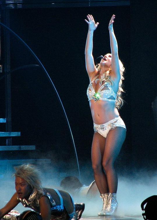 Britney Spears už dávno není štíhlounká princezna popu.