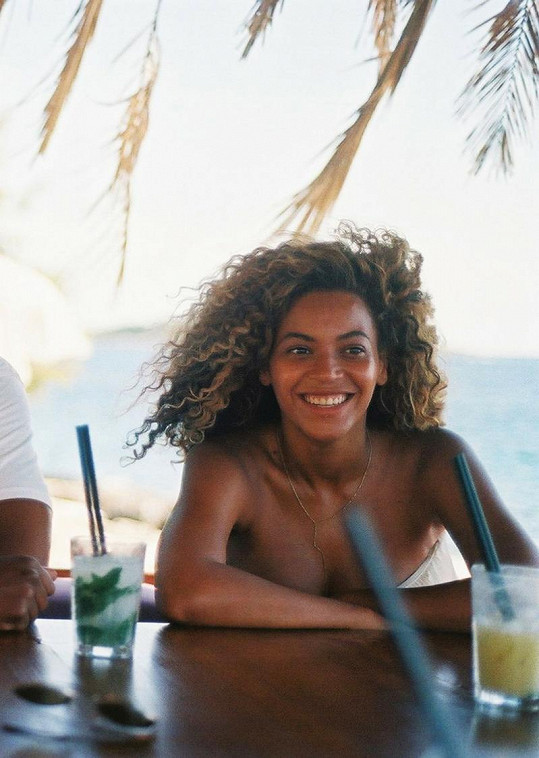 Beyoncé a její přirozená vizáž.