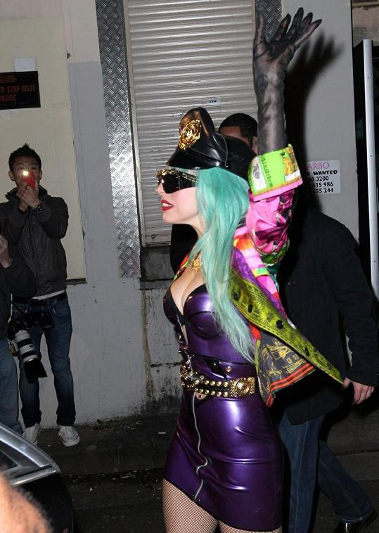 Takhle přišla Lady Gaga na svůj koncert v Sydney.