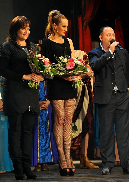 Michal David s bývalými Kleopatrami Ilonou Csákovou a Monikou Absolonovou.