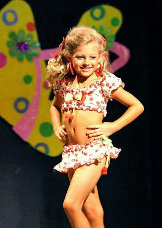 Kylie na jedné z mnoha soutěží, kterých se již účastnila.