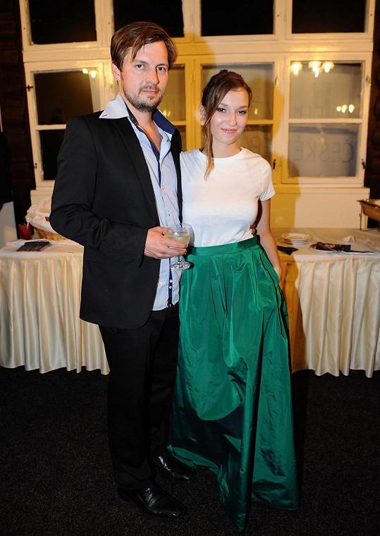 Dlouho chodila s exmanželem Táni Vilhelmové Pavlem Čechákem.