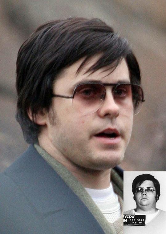 Jared Leto v roli Marka Chapmana ve filmu Zavraždění Johna Lennona.