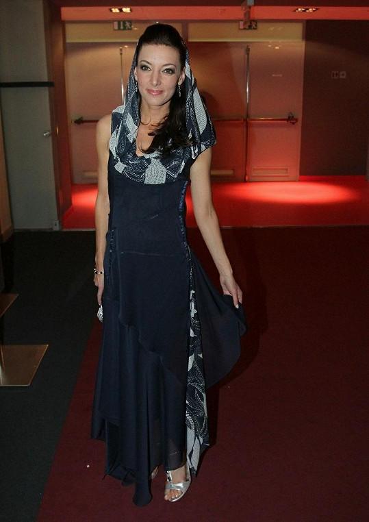 Nejkrásnější róbu měla Dasha. Šaty pocházejí z dílny návrháře Josefa Klíra a zpěvačka je na sobě měla poprvé.