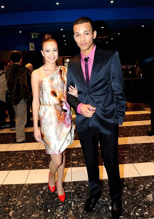 Monika dřív chodila s kolegou ze SuperStar Benem Cristovaem.
