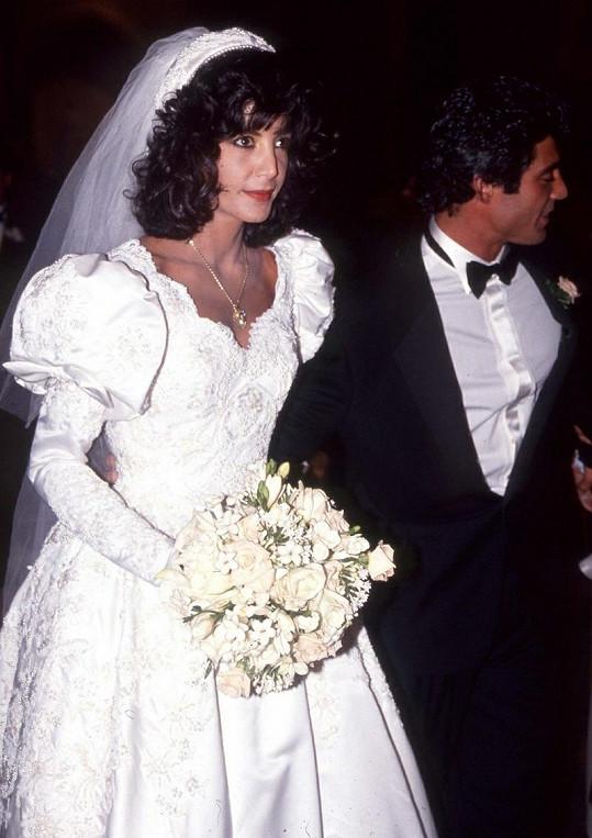 Sestra Sylvestera Stalloneho si brala Louise D'Alta.