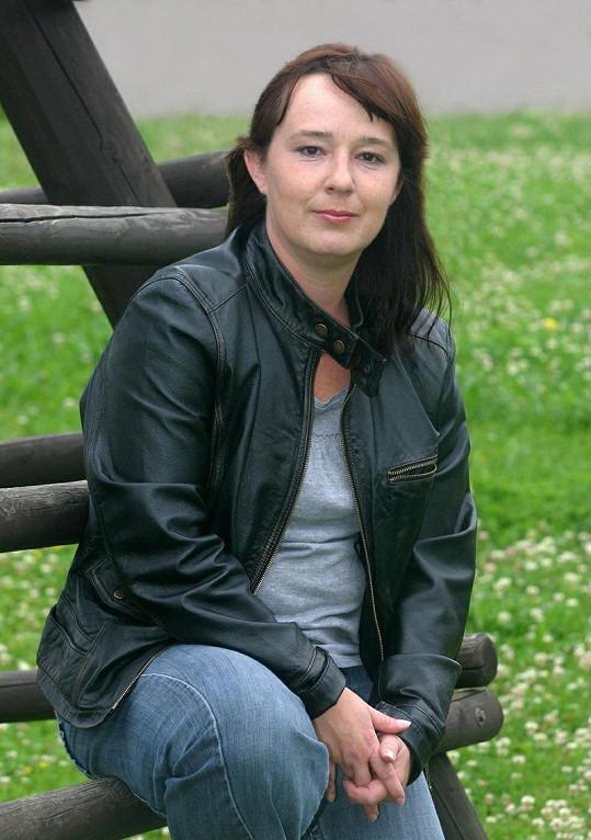 Žaneta Fuchsová už není postrachem ulice, ale pomocnou režisérkou seriálu Ulice.