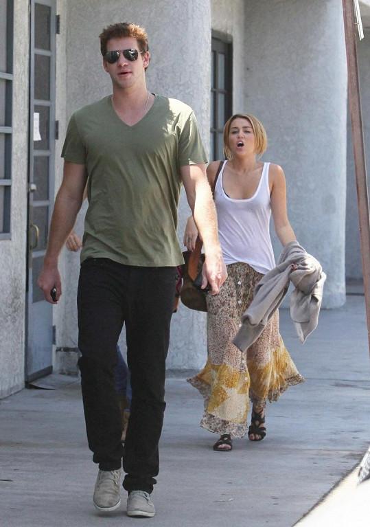 Hádka Miley Cyrus a jejího přítele Liama Hemswortha.