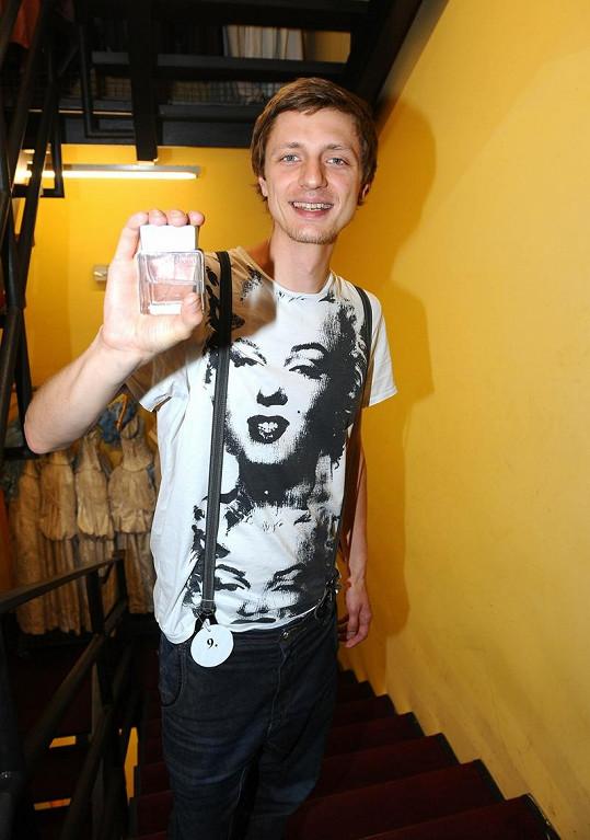 Jeden z parfémů reprezentoval i zpěvák Ondřej Ruml.