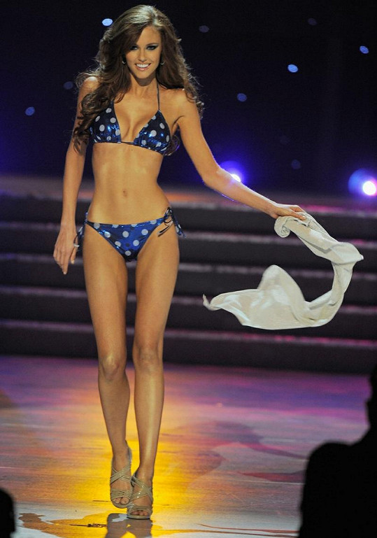 Miss Kalifornie nadchla svých tělem a nakonec se stala i Miss USA.