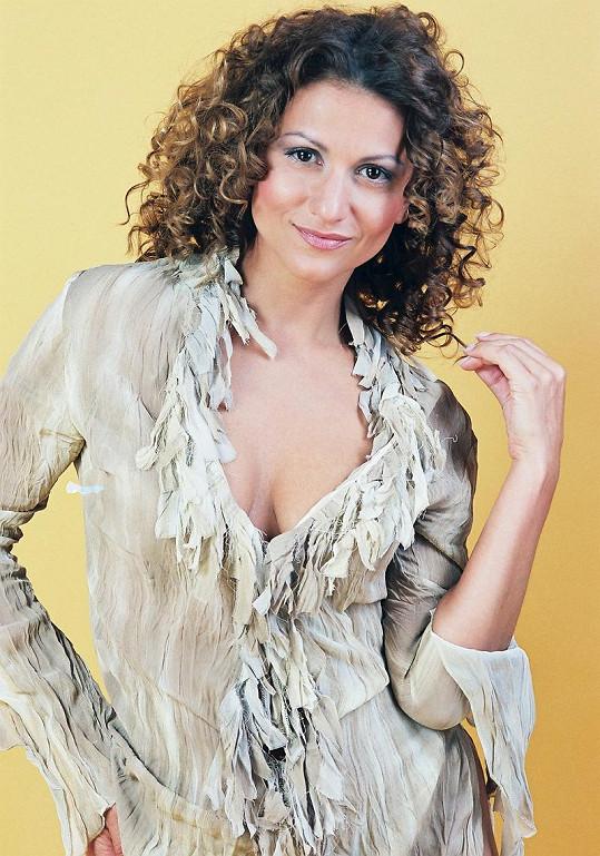 Yvetta Blanarovičová se svým typickým výstřihem.