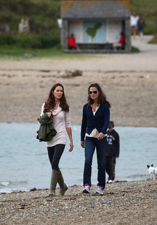 I vedle štíhlé Pippy vypadá Kate velice hubeně.