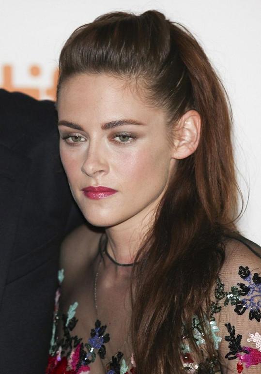 Kristen byla po většinu času smutná a zamyšlená.