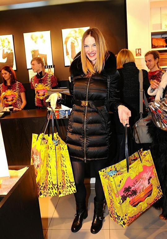 Pavlína Němcová odcházela se dvěma taškami.