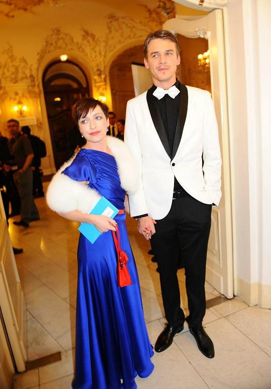 Taťána Vilhelmová a Vojta Dyk vypadali jako pár z první republiky.