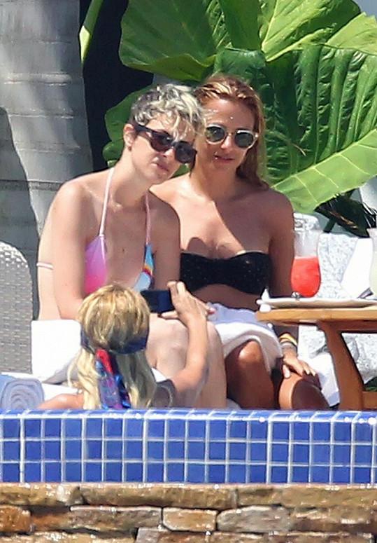 Exmilenka Lindsay Lohan Samantha Ronson v Mexiku.