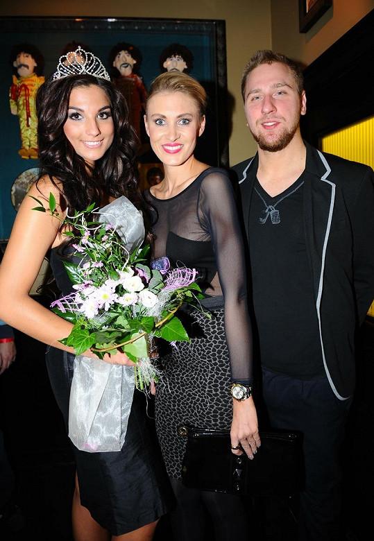 Kateřina Průšová s přítelem Davidem Martínkem a Miss face.
