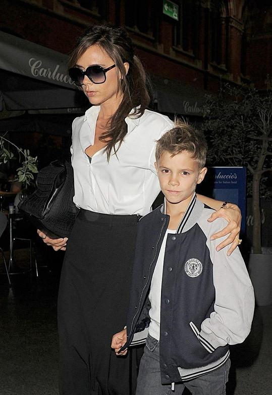 Victoria se synem.