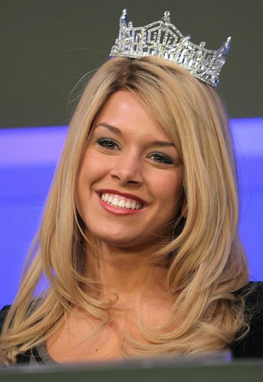 Roztomilá blondýnka má jasno, chce se stát prezidentkou.