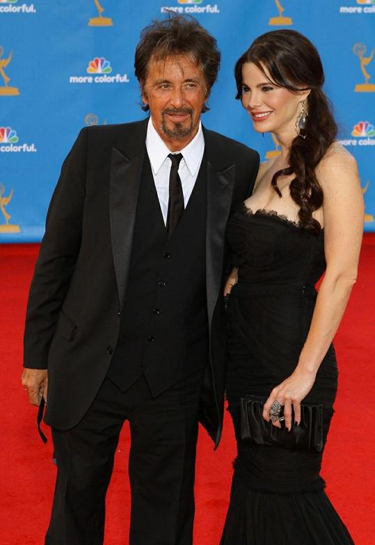 Al Pacino s partnerkou.