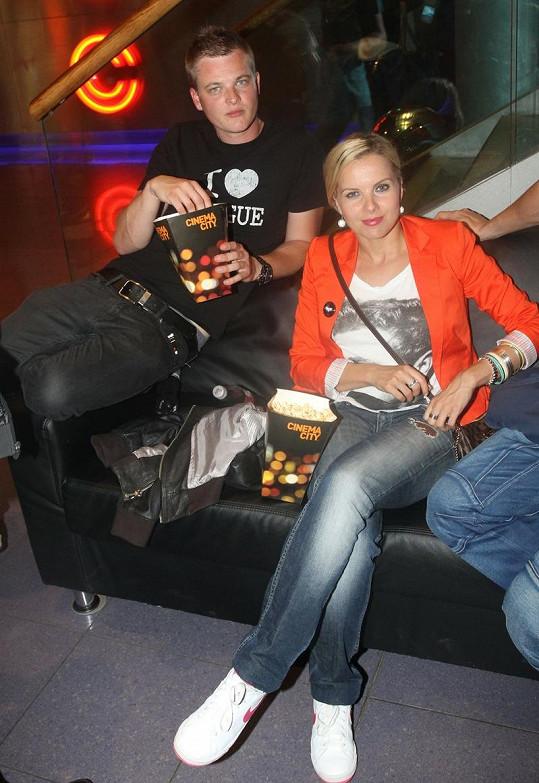 Kristelová s Kazmou.