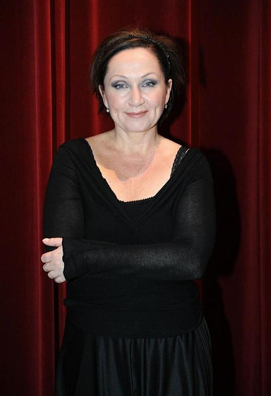 Bára Basiková se vešla do první třicítky Českého slavíka. Před ní ale skončila i Iveta Bartošová.