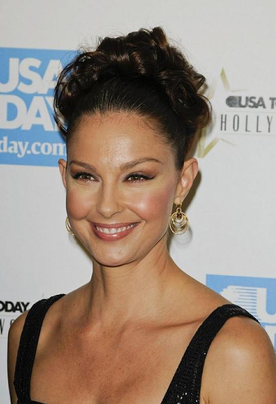Ashley Judd je nádherná žena.