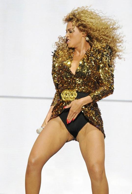 Beyonce určitými pohyby připomínala Michaela Jacksona.