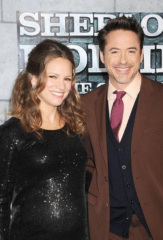 Robert Downey Jr. s manželkou Susan přivítali na svět syna Extona Eliase.