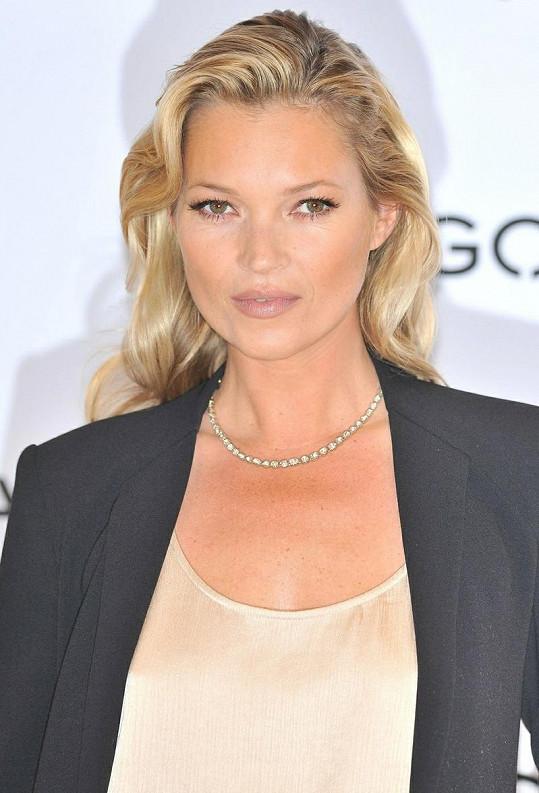 Topmodelka Kate Moss zazářila pro Mango.
