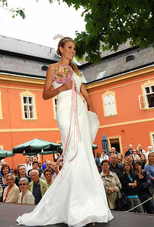 Kateřina Průšová je nádherná nevěsta.