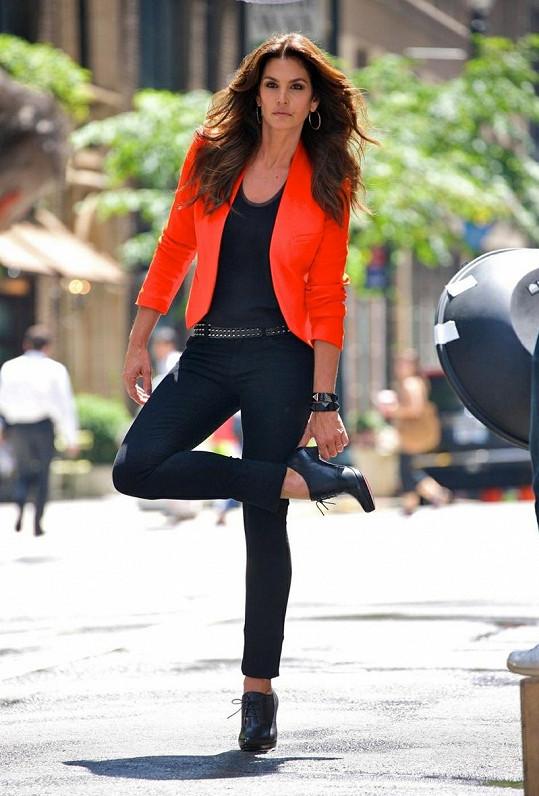 Další z modelů přitažlivé Cindy.