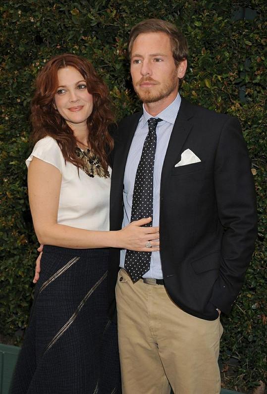 Herečka Drew Barrymore s přítelem Willem Kopelmanem, za kterého se chce provdat.