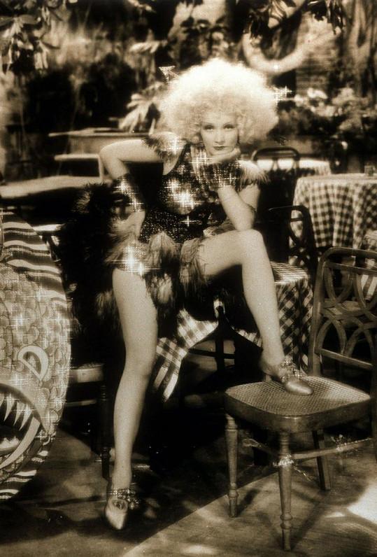 Marlene v legendárním filmu Plavovlasá Venuše.