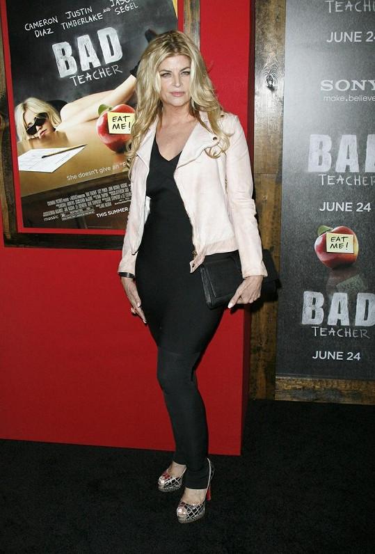 Kirstie Alley na premiéře filmu Zkažená úča.