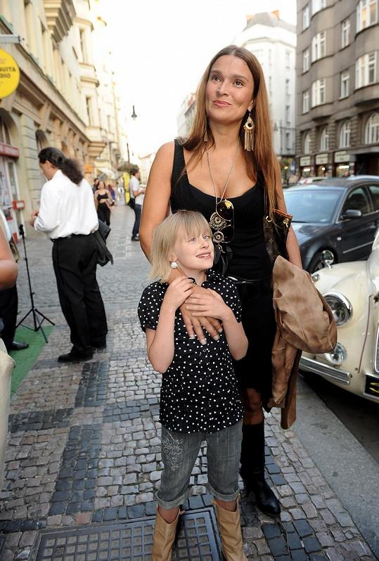 Mahulena Bočanová a její divoká dcerka Márinka.