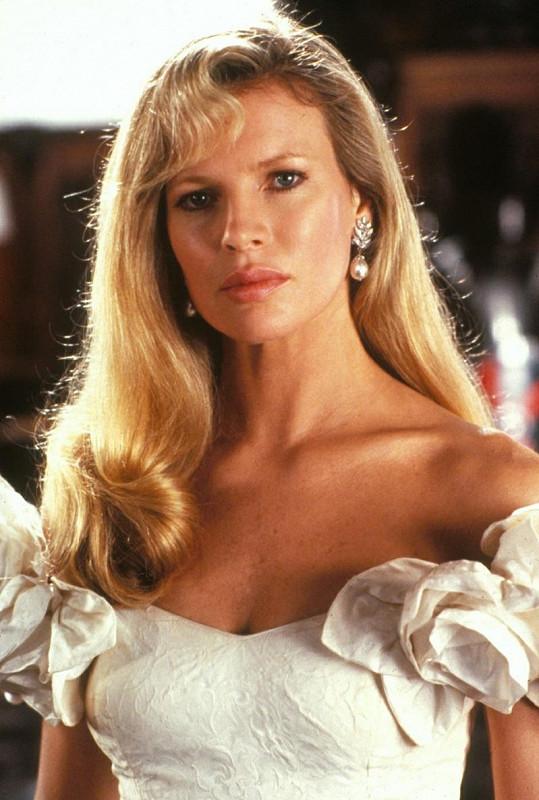 Krásná Kim Basinger.
