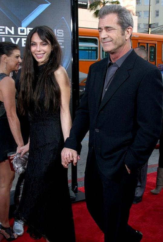 Oksana Grigorieva s Melem Gibsonem v roce 2009.